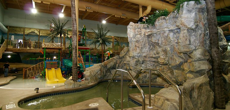 Edgewater Hotel &Waterpark